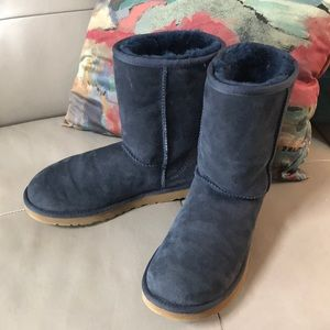 Ugg Classic Style Boots Sz 8